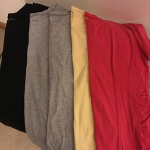 Set of 5 Gap Maternity Pure Body Crew T-shirts